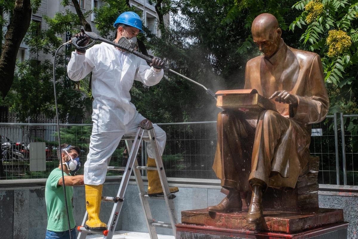 Distruggere l'arte è l'annientamento dellacultura