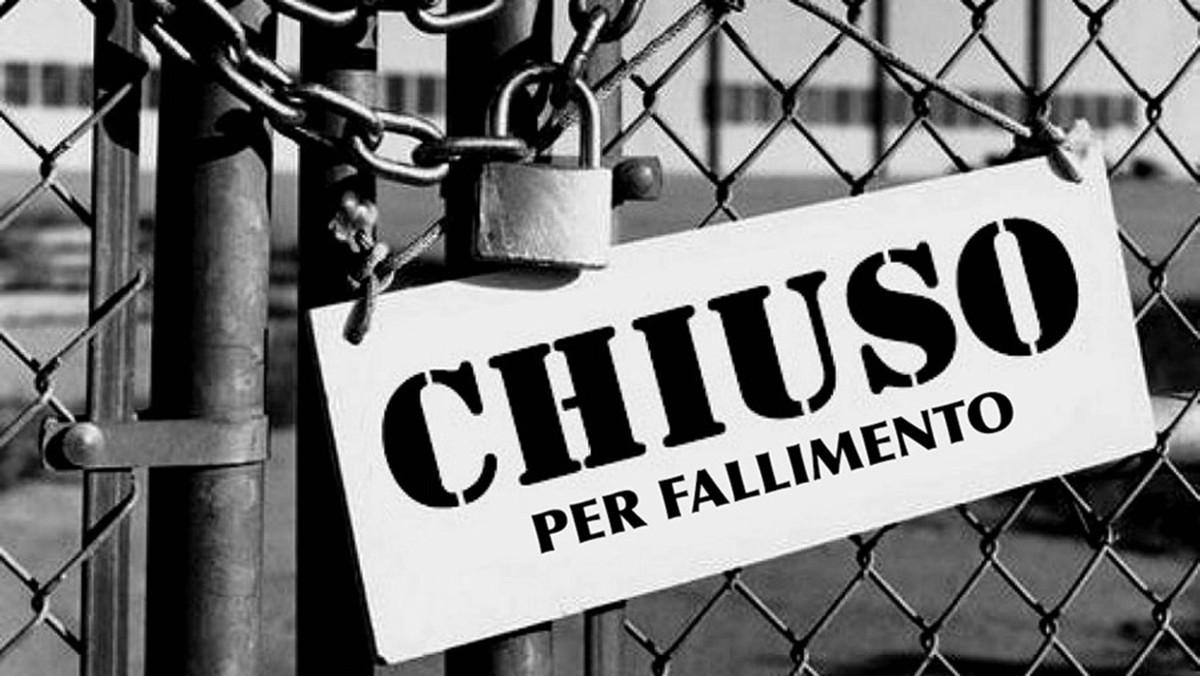 Italia pronta a fallire: in arrivo coprifuoco serale e chiusuresettoriali.