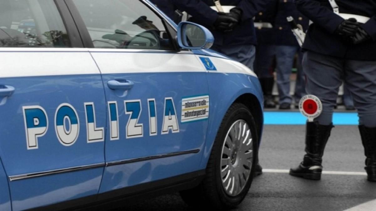 Sequestrato un arsenale di armi a varese; 4 arresti per traffico internazionale di armi daguerra